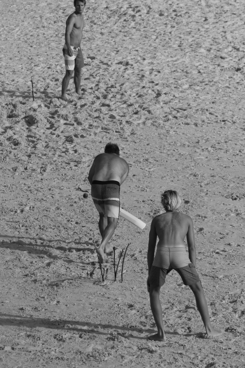 Beach cricket at Cabarita, New Years afternoon 3