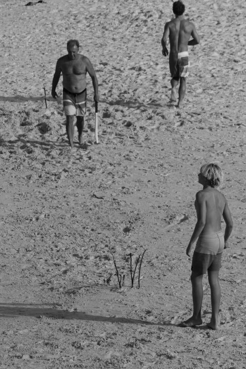 Beach cricket at Cabarita, New Years afternoon 4